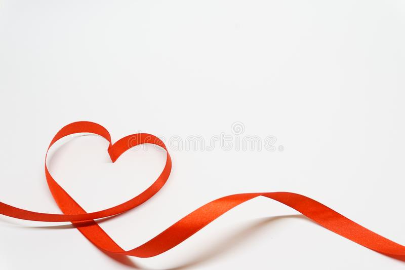 De hart gestalte gegeven Dag van lintvalentine ` s royalty-vrije stock foto's