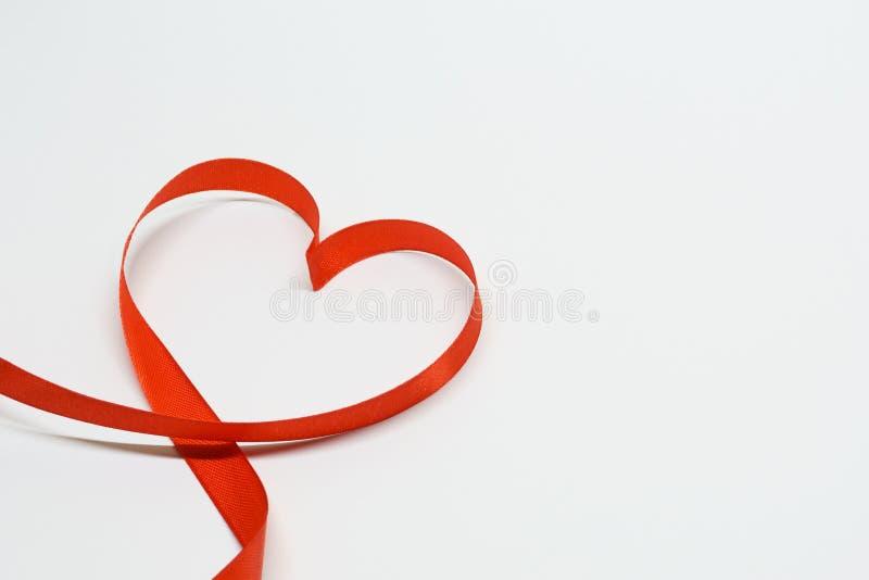 De hart gestalte gegeven Dag van lintvalentine ` s royalty-vrije stock foto