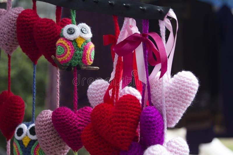 De harten en de vogels haken straatmarkt Buenos aires Argentinië Zuid-Amerika stock afbeeldingen