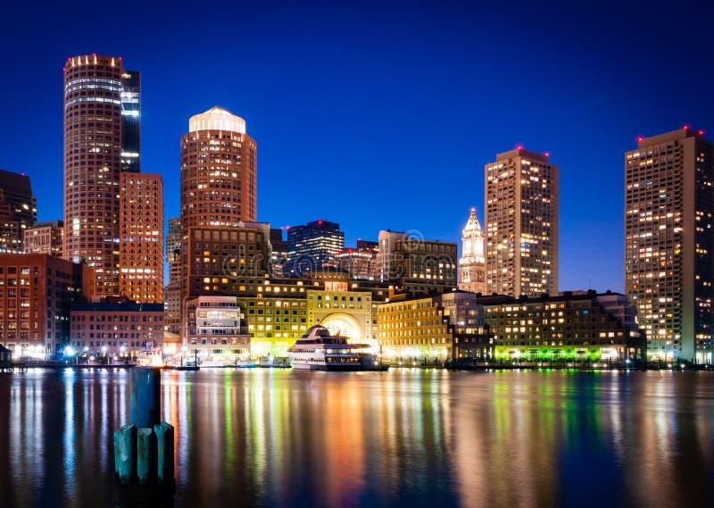 De haven van Boston bij nacht royalty-vrije stock foto's