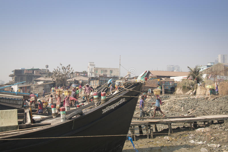 De haven van Chitagong, Bangladesh royalty-vrije stock afbeeldingen