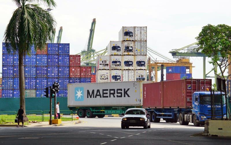 De Haven van de Instantie van Singapore (PSA) leidt het bezige verkeer van de ladingscontainer bij de haven van Singapore stock fotografie
