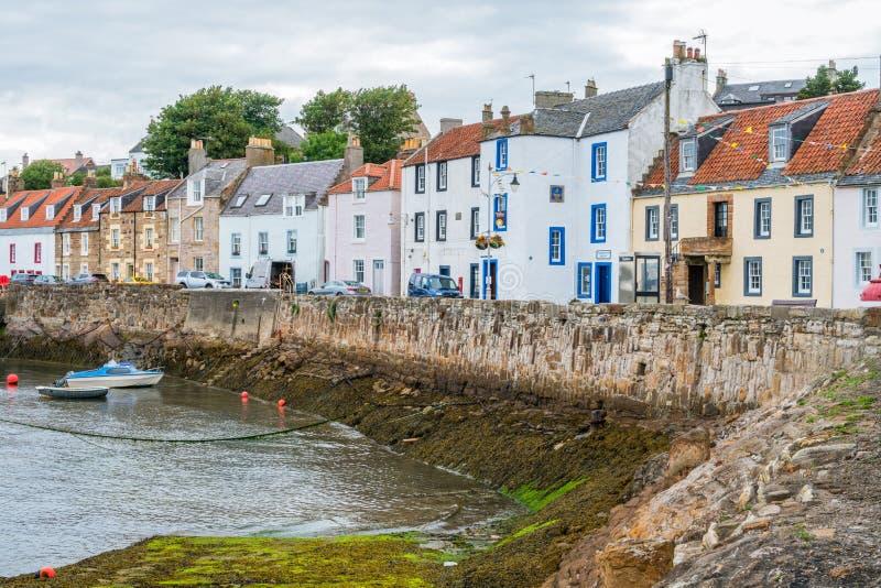 De haven van heilige Monans in een de zomermiddag, Fife, Schotland stock fotografie