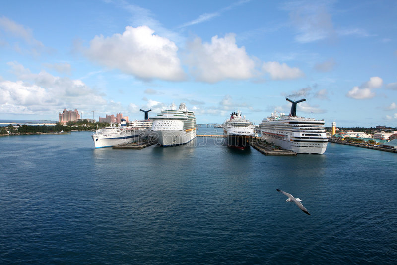 De Haven van het Schip van de cruise stock afbeelding