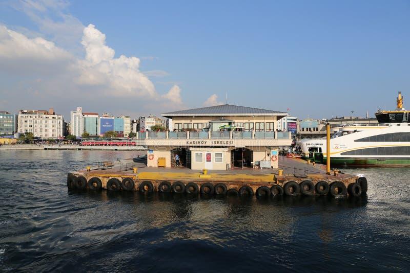 De haven van de Kadikoyveerboot royalty-vrije stock foto's