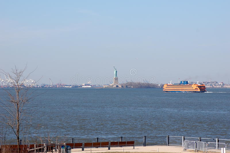 Download De Haven van New York stock foto. Afbeelding bestaande uit east - 23790078