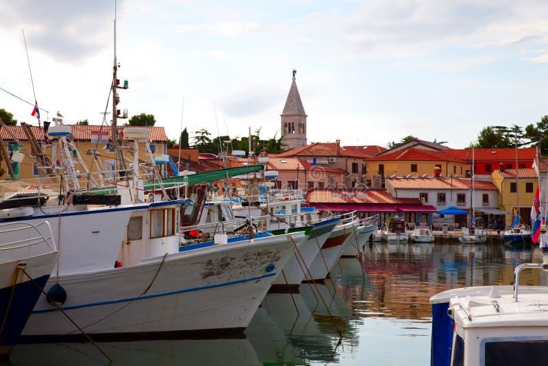 De visserij van dorp Kroatië Novigrad royalty-vrije stock afbeeldingen