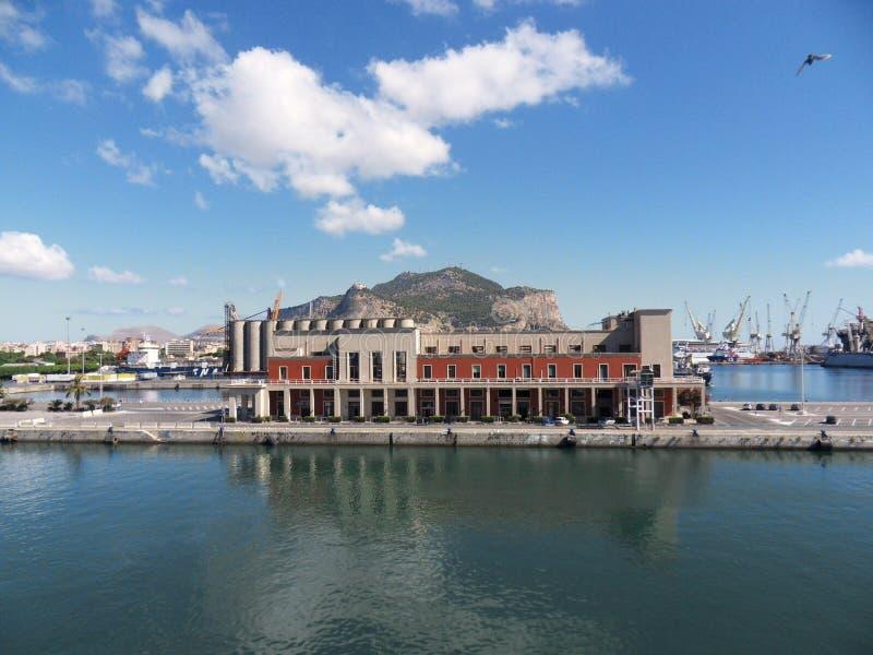 De haven van Palermo stock afbeeldingen