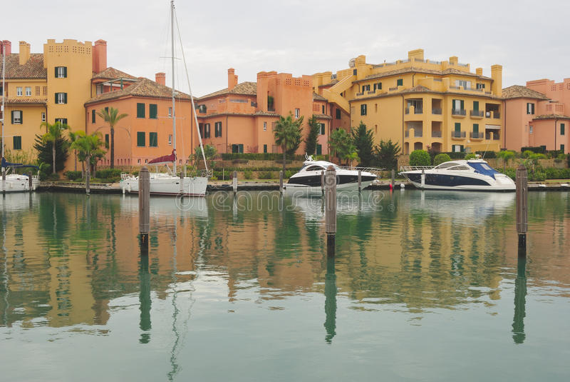 De haven van Sotogrande stock afbeeldingen