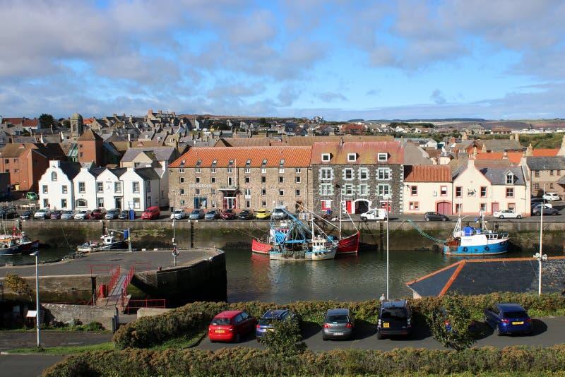 De haven van vissersboteneyemouth, Grenzengebied het UK royalty-vrije stock fotografie
