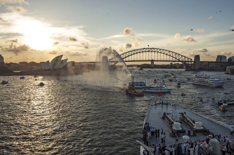 De havenpanorama van Sydney op 19 van Februari 2007 tijdens Koningin Elizabeth 2 het bezoek dat van de de wereldcruise van het cr stock afbeeldingen