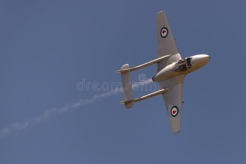 De Havilland vampyrstråle med dunstslingan royaltyfria bilder