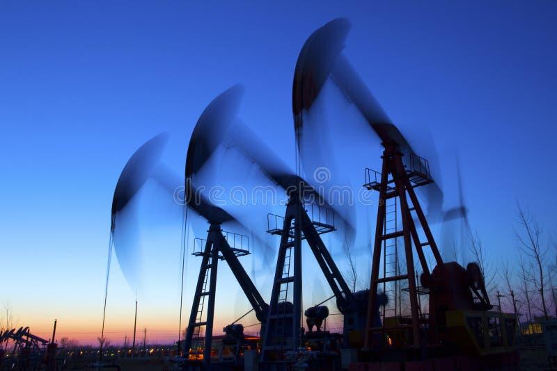 De Hefboom van de oliepomp royalty-vrije stock foto's