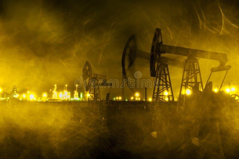 De hefboomachtergrond van de oliepomp stock afbeeldingen