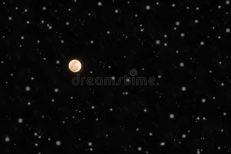 De heldere Volle maan en fonkelt Sterren in Nachthemel stock foto