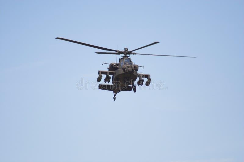 De helikopter van Apache tijdens de vlucht royalty-vrije stock fotografie