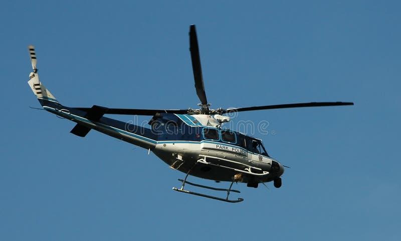 De Helikopter van de parkpolitie royalty-vrije stock afbeeldingen