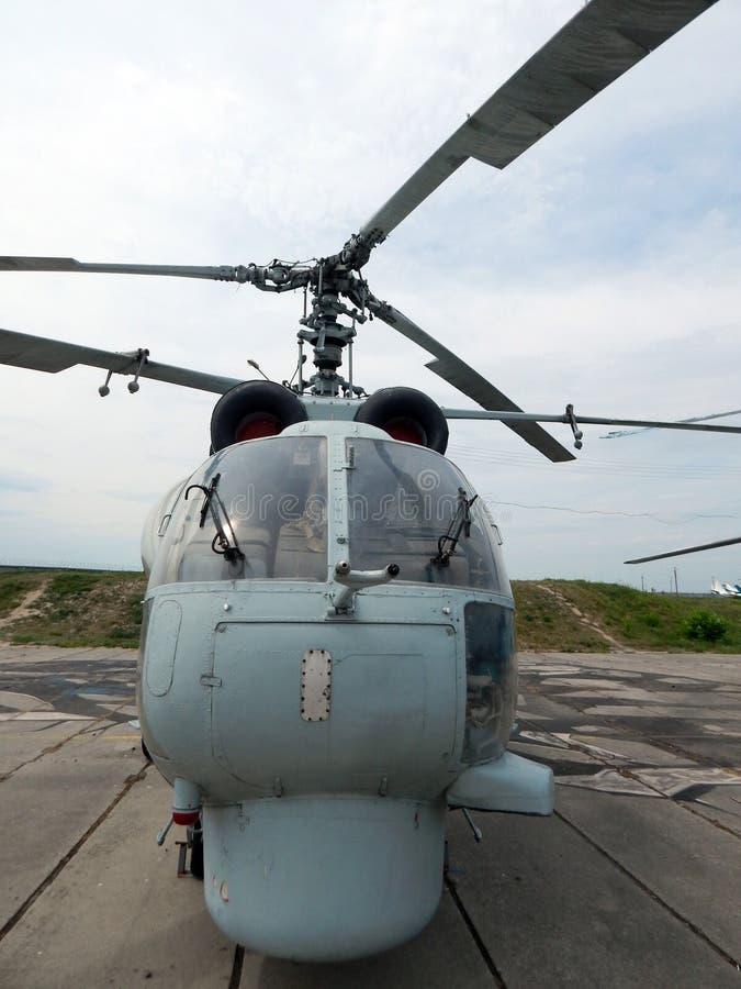 De helikopters zijn bij burgerlijk en militair royalty-vrije stock afbeeldingen