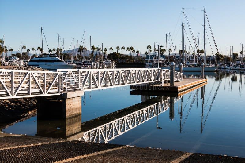 De Helling van de bootlancering in Chula-Uitzicht, Californië royalty-vrije stock afbeelding