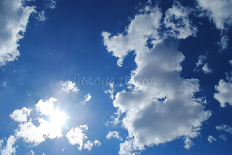 De hemel en de zon royalty-vrije stock fotografie
