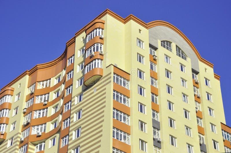 De hemel van de bouw en van blu stock fotografie