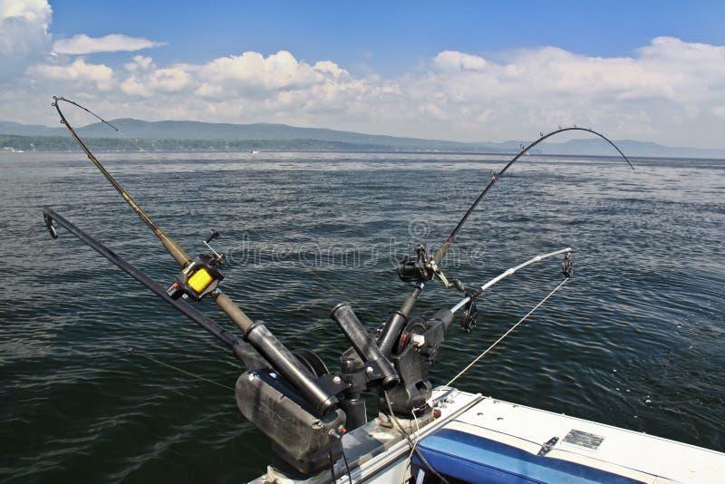 De hengels van Downrigger - Meer Champlain stock fotografie