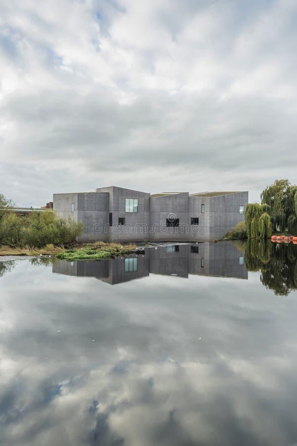 De Hepworth-kunstgalerie en het museum Wakefield, Yorkshire, Engeland stock afbeeldingen