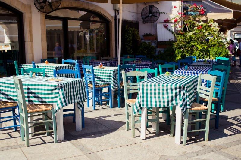De herberg van Cyprus Een mening van de koffie, restaurant royalty-vrije stock foto