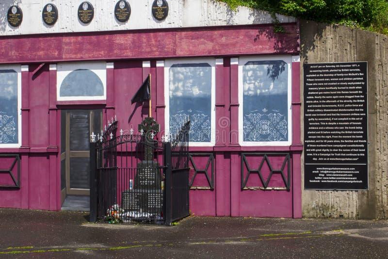 De Herdenkingsvoorgevel van de de Barwreedheid van McGurk in Belfast stock foto's
