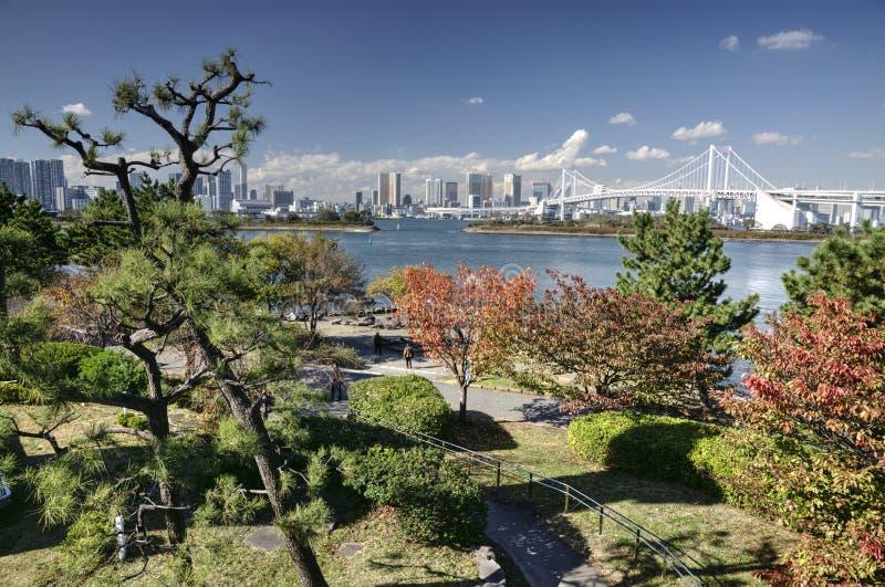 De herfst in de baai van Tokyo, Japan stock foto