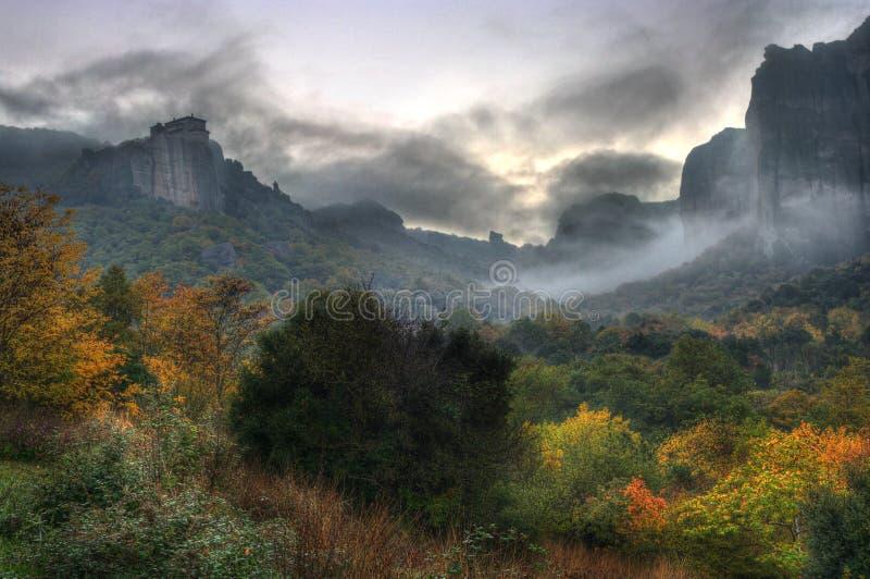De herfst in Meteora, Griekenland royalty-vrije stock fotografie