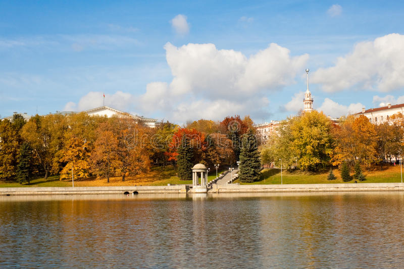 De herfst in Minsk royalty-vrije stock foto's