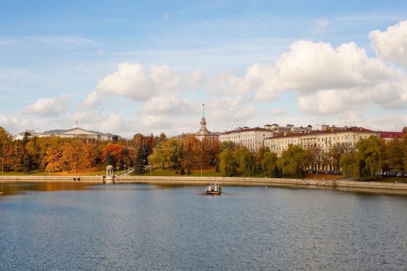 De herfst in Minsk stock fotografie