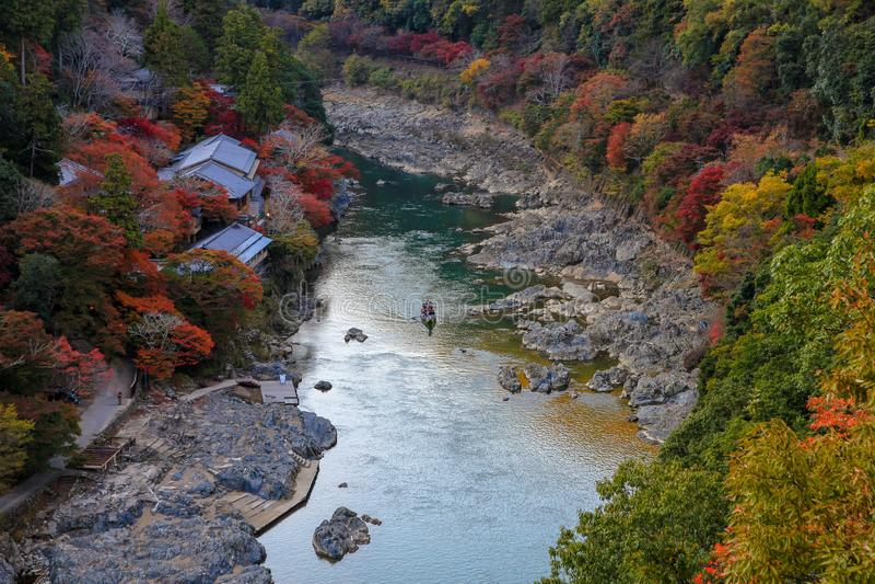 De herfst in mooie Japanse aard stock foto's