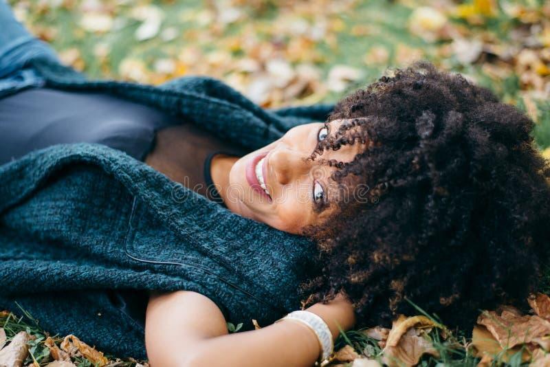De herfst ontspant en geluk royalty-vrije stock foto