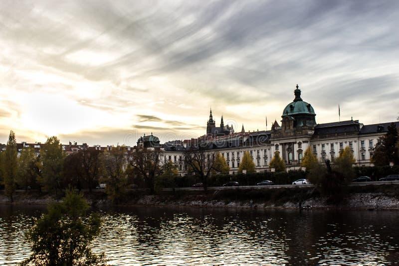 De herfst in Praag, Tsjechische Republiek, Europa royalty-vrije stock foto