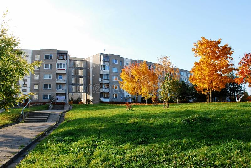 Download De herfst in Vilnius-stad stock foto. Afbeelding bestaande uit daling - 39103680