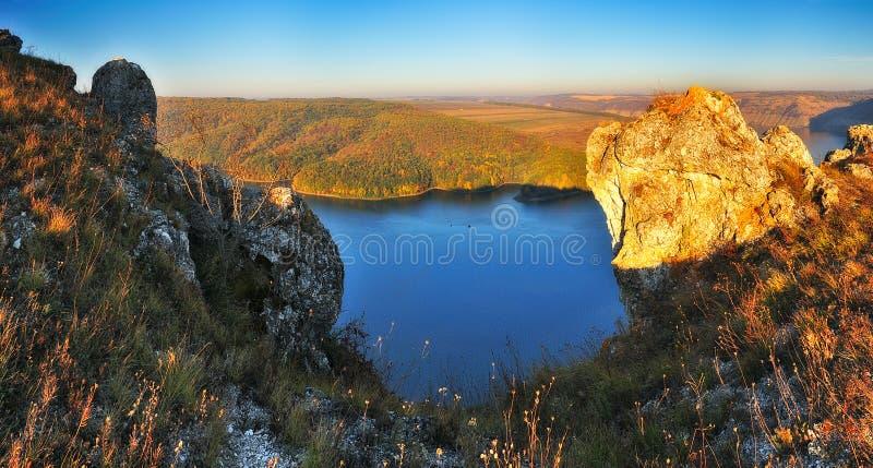 De herfstcanion schilderachtige de herfstochtend royalty-vrije stock foto