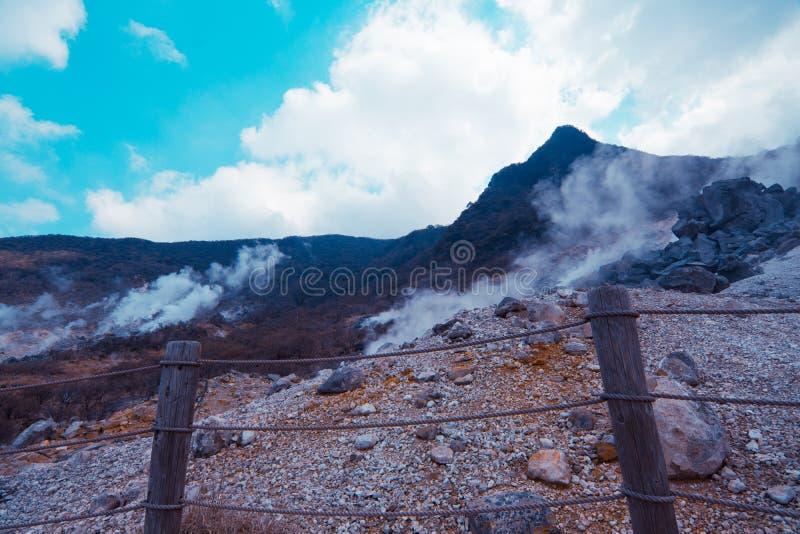 De herfstkleuren in bergen van Japan royalty-vrije stock afbeeldingen