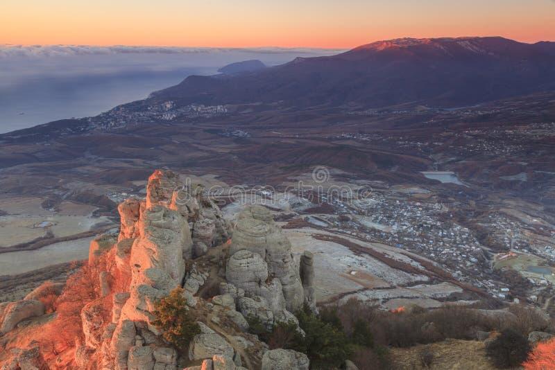 De herfstlandschap in een berg De Krim, Demerdzhi stock foto
