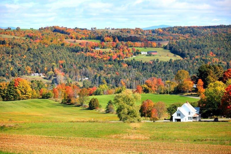 De herfstlandschap in Landelijk Vermont royalty-vrije stock foto's