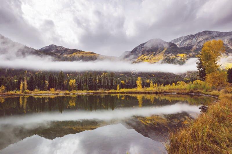 De herfstmeer stock afbeeldingen