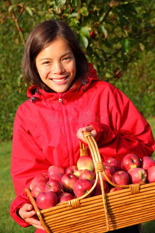 De herfstmeisje van de appel royalty-vrije stock foto