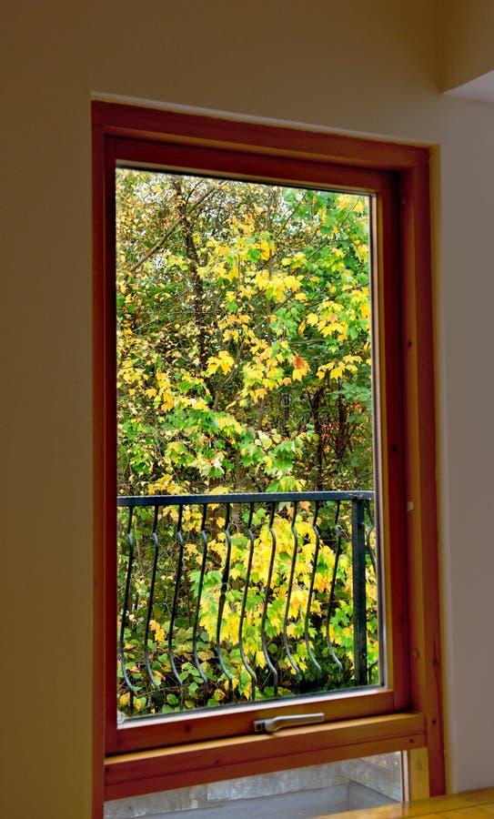 De herfstmening van venster stock afbeeldingen