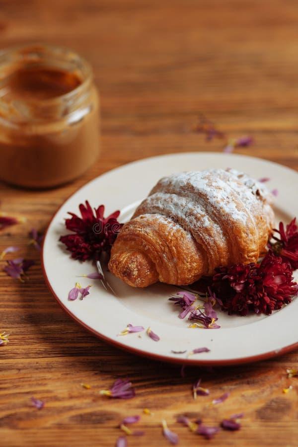 De herfstontbijt in het dorp royalty-vrije stock afbeeldingen