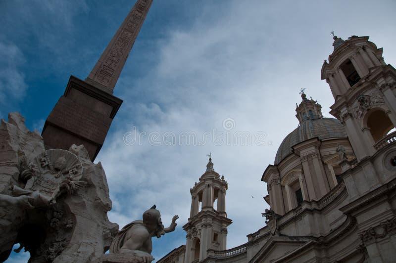 De in het bijzonder obelisk van Piazza Navona in Rome stock afbeeldingen