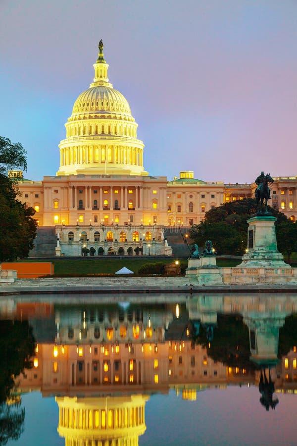 De het Capitoolbouw van Verenigde Staten in Washington, gelijkstroom stock foto