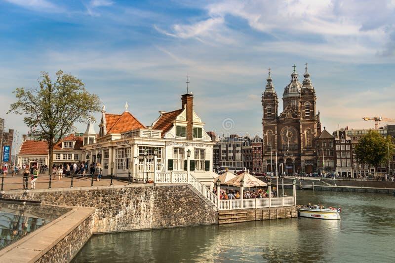 De het Museum van de Kanaalcruise bouw iin Amsterdam, Nederland royalty-vrije stock foto's