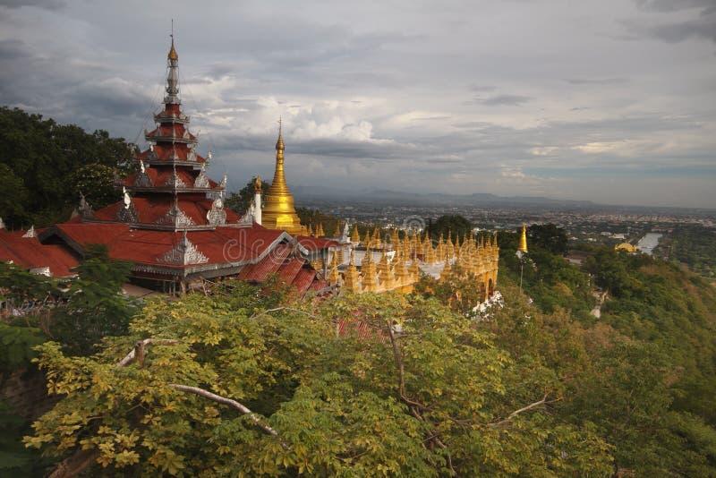 De Heuvel van Mandalay royalty-vrije stock afbeeldingen