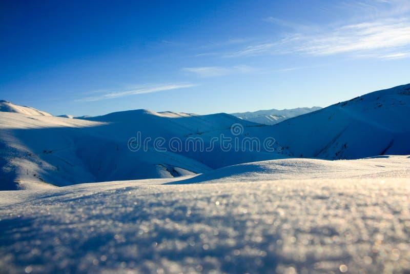 De heuvels van de sneeuw royalty-vrije stock afbeelding